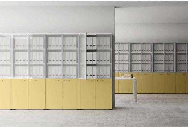 armadio mobile contenitore a due ante alto anta vetro Las Universali Adv arredamenti ufficio Torino